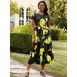 Chic Floral Dress by EY Boutique